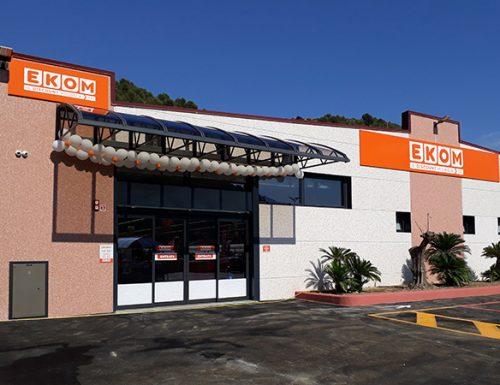EKOM di Camporosso (IM) Trova 350 euro alla cassa e li restituisce.