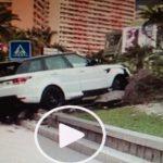 VIDEO. Monte Carlo. Spettacolare incidente a Plage du larvotto.