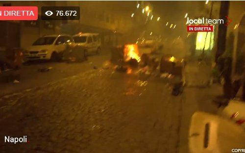 Napoli in rivolta contro la chiusura. Video.